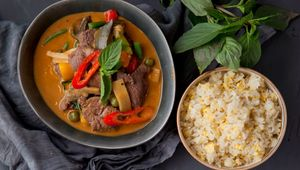 Thumb beef curry main