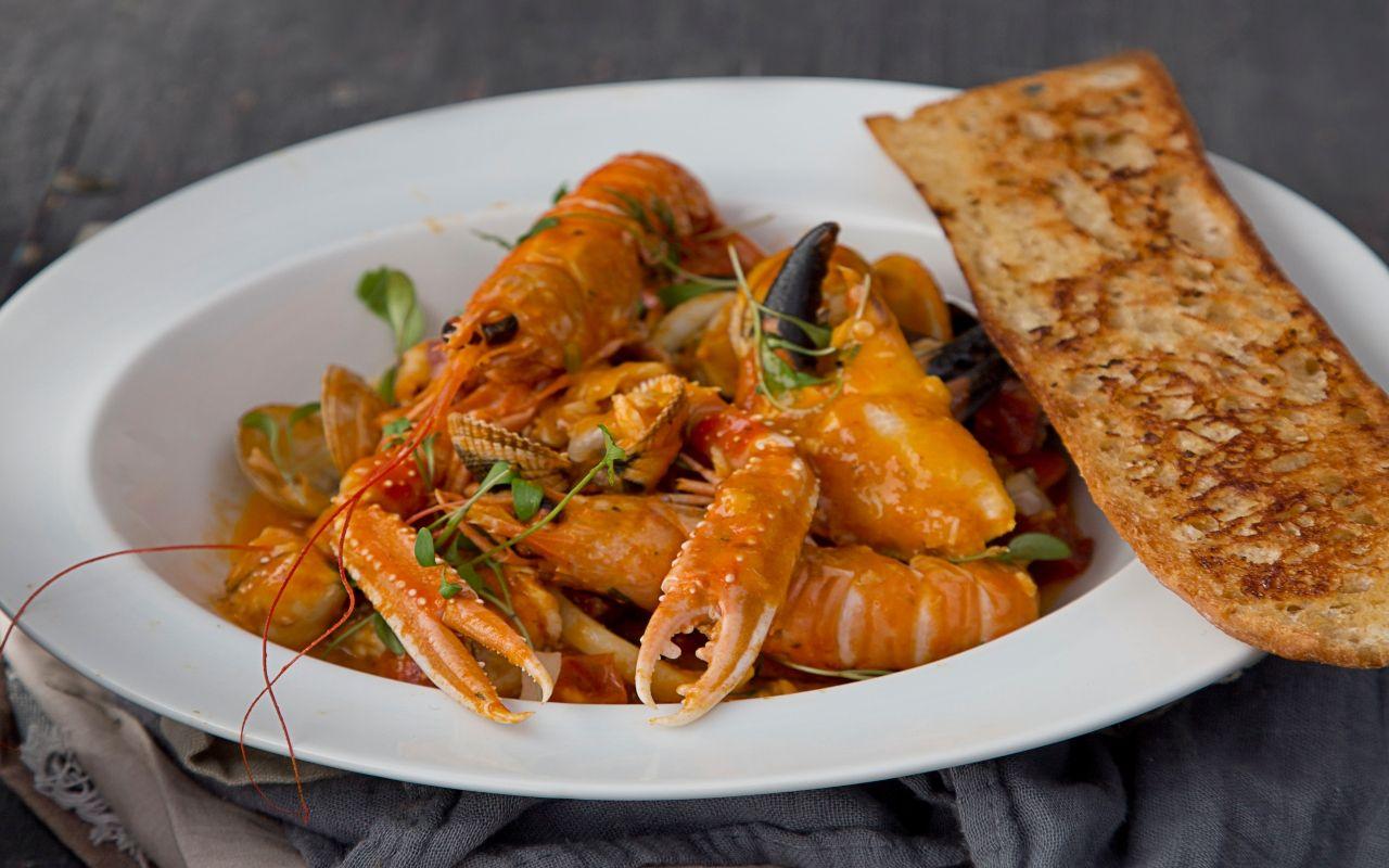 Seafood_pot_main