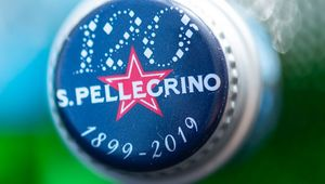 Thumb_s.pellegrino_120_years_bottle_cap