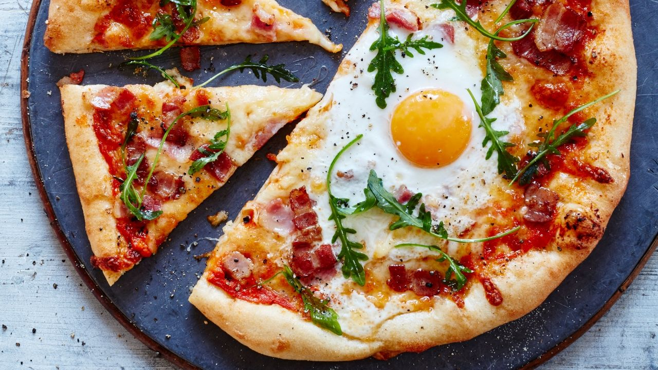 Breakfast_pizza_main