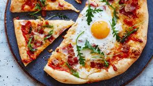 Thumb_breakfast_pizza_main