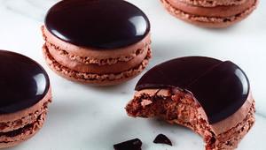 Thumb_dark_chocolate_macarons