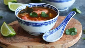 Thumb_tom_yum_soup_sadie_s_kitchen_main_real
