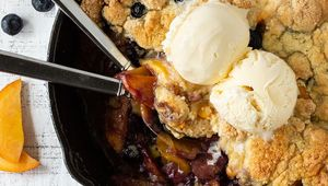 Thumb_kerrygold_peach_berry_crumble__3_of_3__edit