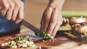 Thumb_what_to_cook_june_gettyimages-883982336_main_edit