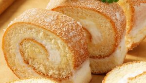 Thumb_swiss_roll_gettyimages-523740819_edit