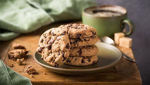 Thumb_hi-b_choc_chip_cookies
