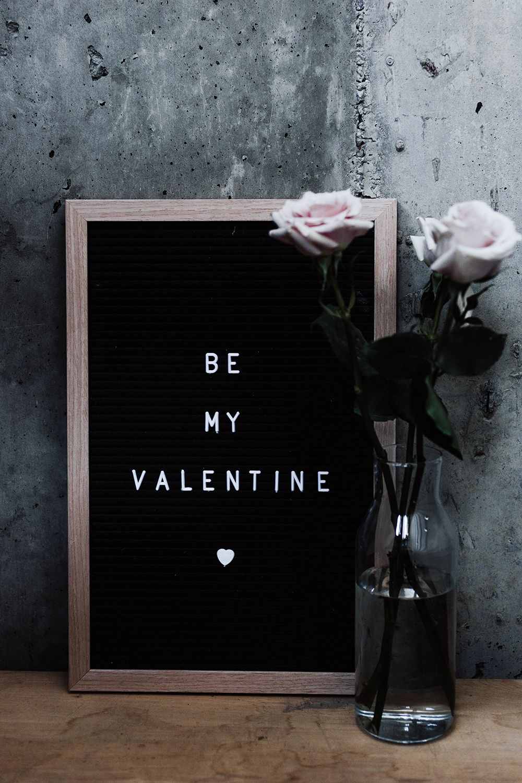 Romantic_restaurant_edit