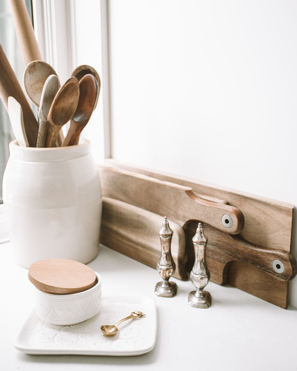 Kitchen_utensils_ryan-christodoulou-68cddj03rks-unsplash_flip