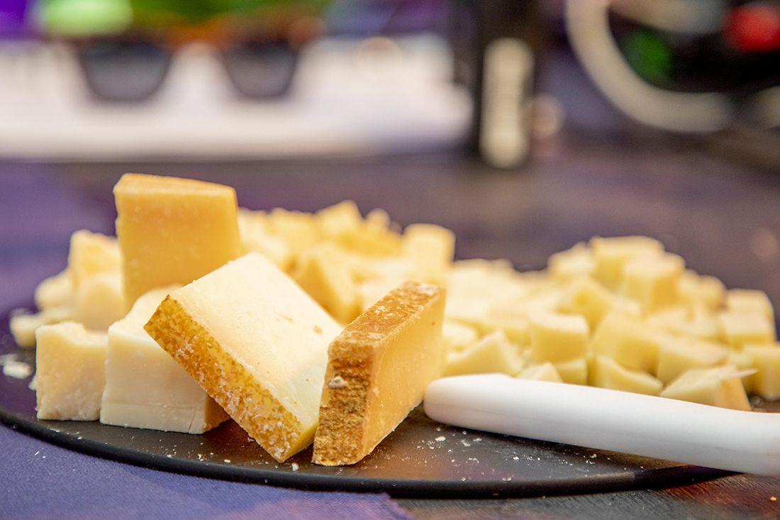 Wine_and_cheese_eatyard_flip
