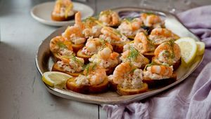 Thumb crab prawn chilli toast recipe