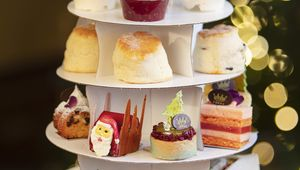 Thumb dromoland castle hotel   mrs white s christmas afternoon tea to go 2