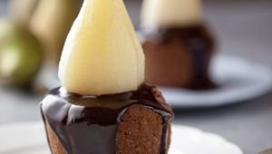 Thumb_edward_hayden_chocolate_pdding_with_pear