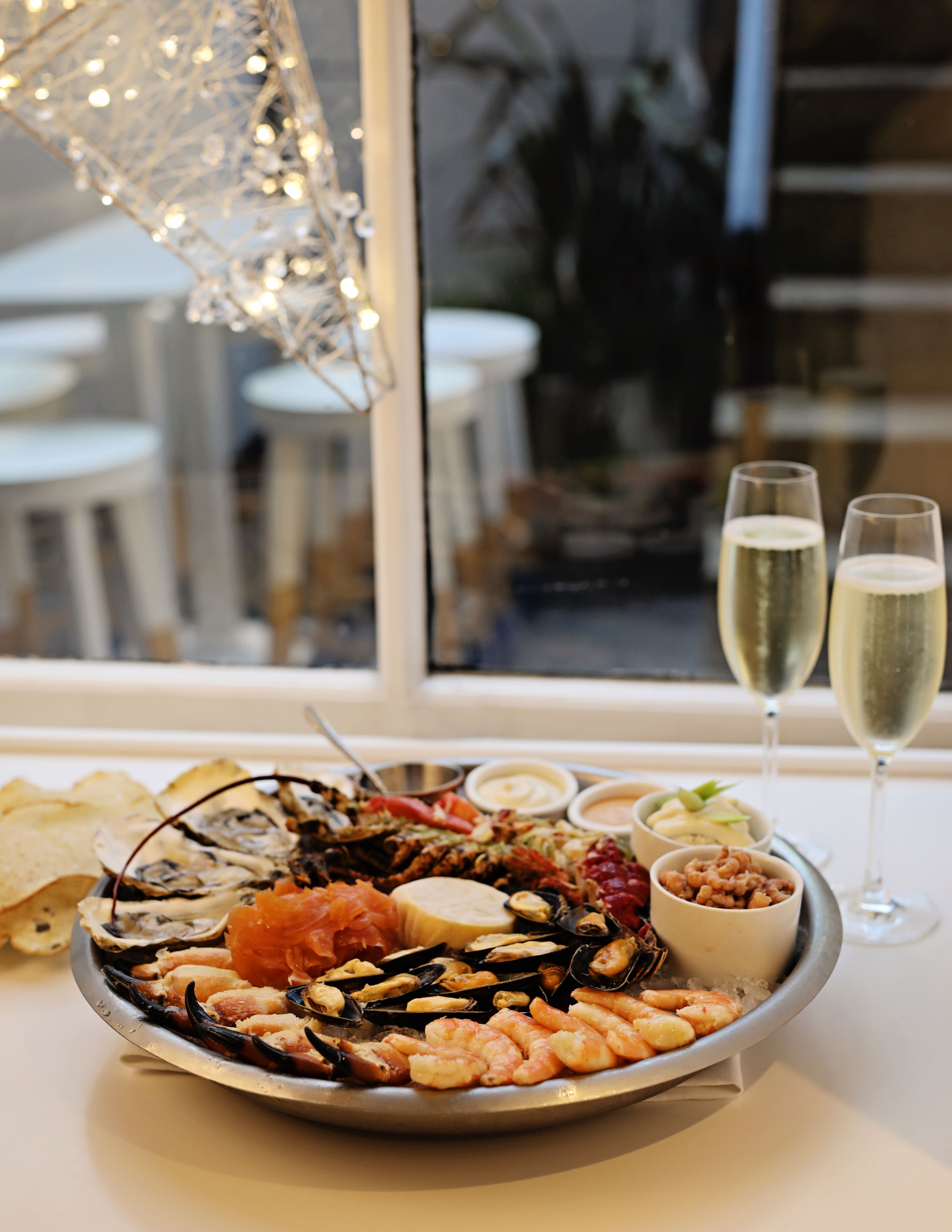 Seafood_platter_and_bubbly_christmas_shopping_full_stop_2_copy