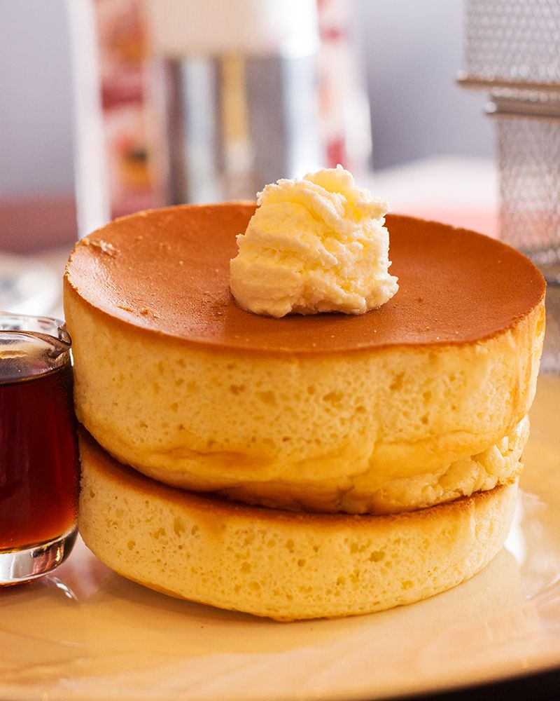 Japanese_souffle_pancakes_by_t-mizo_on_flickr_main