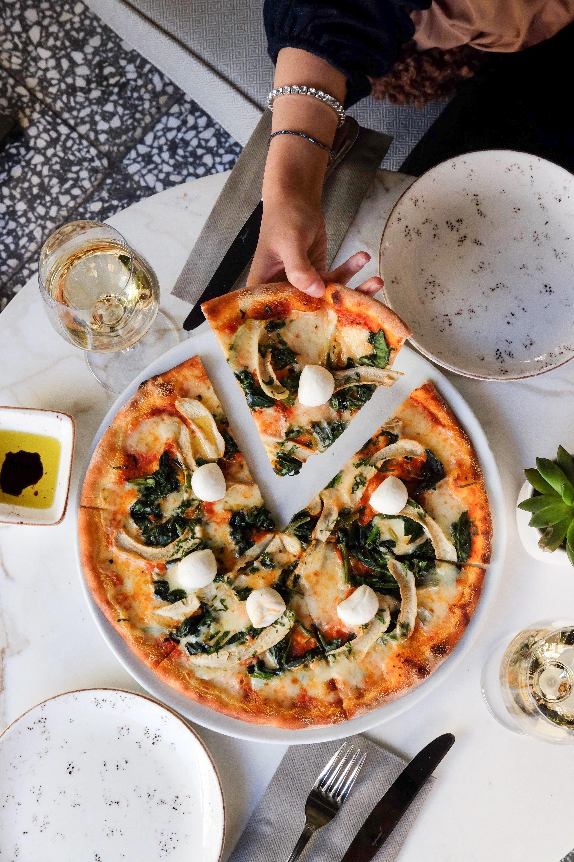 Pizza_pinar-kucuk-ae7jqfdtpk4-unsplash