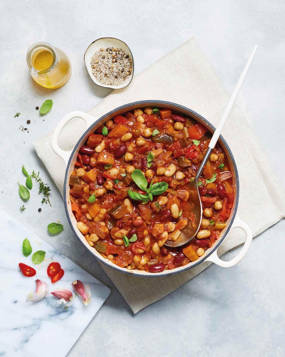 Aldi_slow_cooker_vegan_bean_chilli