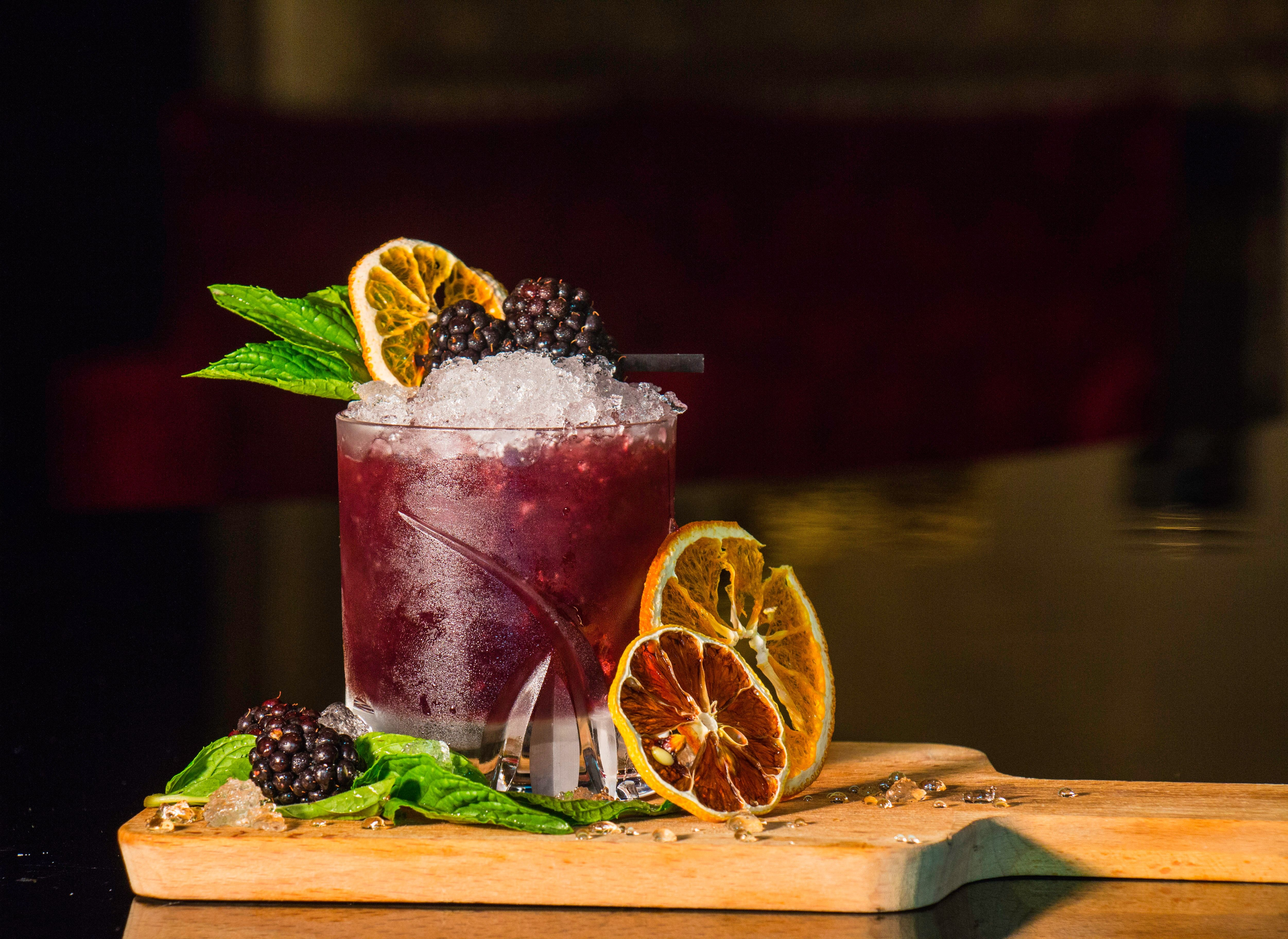 Berry_cocktail_kyryll-ushakov-lwotubyiuc4-unsplash