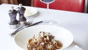 Thumb parker s tavern  cambridge  spaghetti bolognese