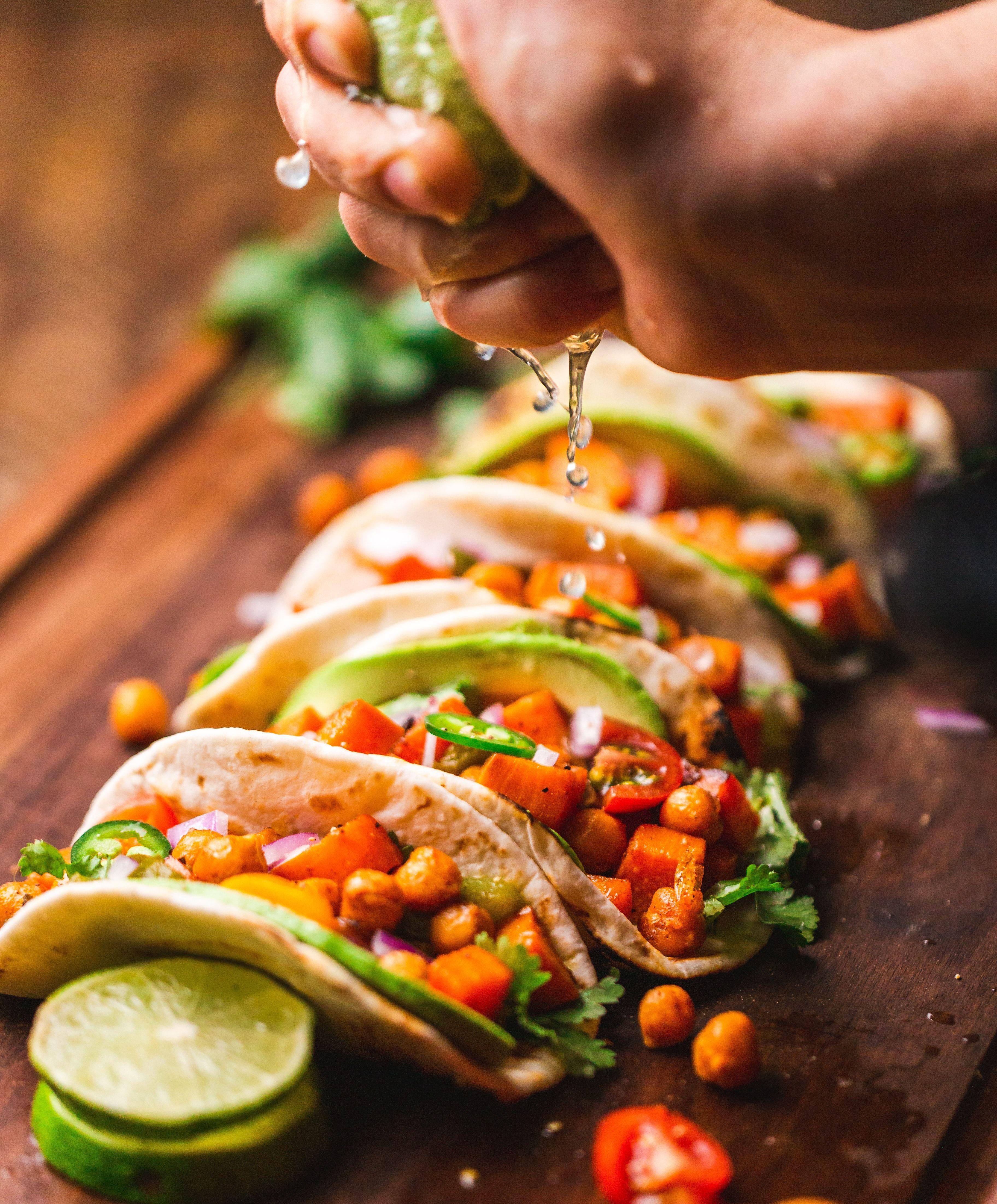 Tacos_chad-montano-lp5mcm6nz5a-unsplash
