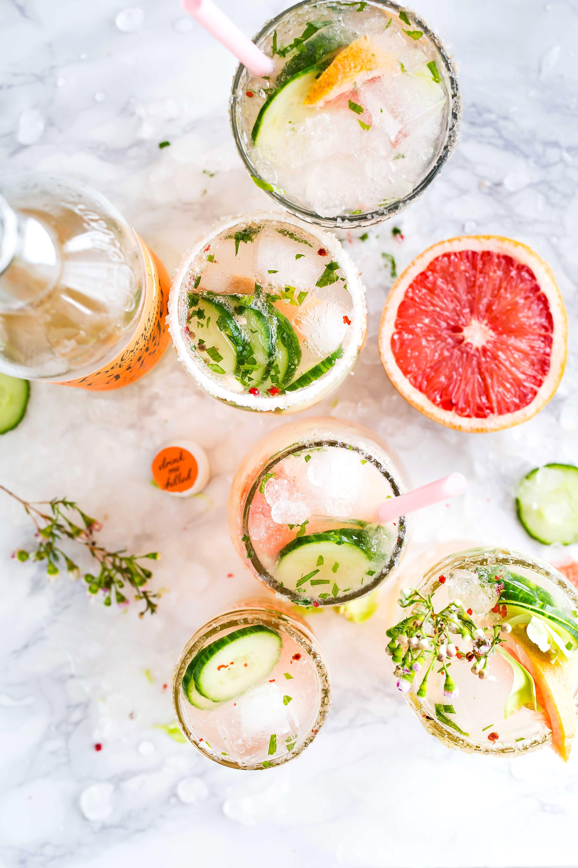 Cocktails_brooke-lark-t7wg7bju2-s-unsplash