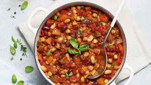Thumb aldi slow cooker vegan bean chilli