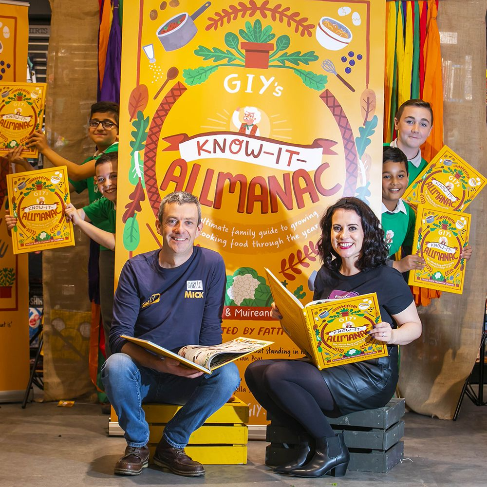 Michael Kelly and Muireann Ní Chíobháin at the launch of GIY's Know-It-Almanac.