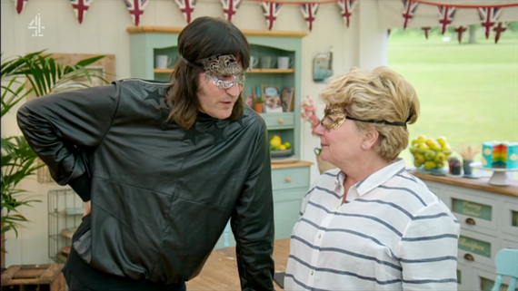 Sandi and Noel on Bake Off.