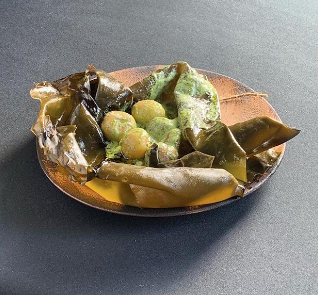 New potatoes in kelp/Instagra: @benshewry