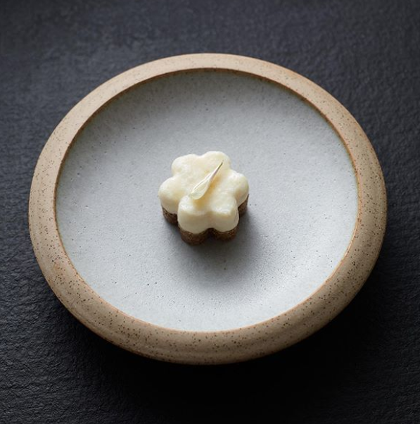 Sticky Wattle and Pearl dumpling/Instagram @benshewry