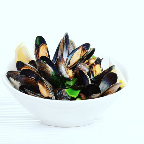 Mussels from @oscarsseafood on Instagram.